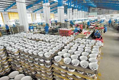 梅州市9家企业挤入海关总署2014年工艺陶瓷出口企业20强