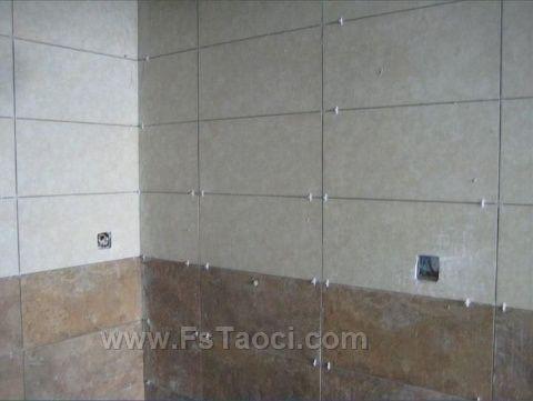 卫生间瓷砖除了防滑,还有什么选择技巧?专业老师傅说的才最关键