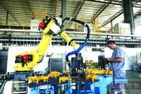 佛山代表委员们建议佛山要加速发展智能制造和电子商务