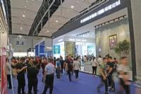 蒙娜丽莎瓷砖3.6m大规格岩板亮相2019广州建博会