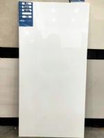 一线品牌300*600纯白瓷片